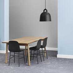 Bell Lampe i sort fra Normann Copenhagen | Køb den her: dubuy.dk