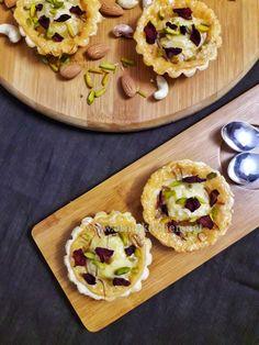 Rasmalai tart recipe/ How to make rasmalai tart / Fusion rasmalai recipe Easy Indian Sweet Recipes, Indian Dessert Recipes, Indian Snacks, Indian Sweets, Mini Dessert Recipes, Tart Recipes, Sweets Recipes, Gourmet Recipes, Cooking Recipes