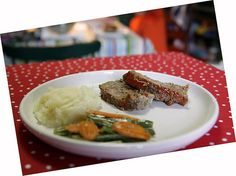 Cooking Up Some Magic: 50's PrimeTime Cafe Meatloaf! WDW Radio – Your Walt Disney World Information Station by Lou Mongello - www.wdwradio.com