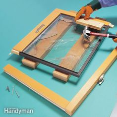 don�t put up with foggy or cracked  double pane windows. you can replace them yourself and save the major cost of  professional repair. we show you three ways to take the sash apart so you can  install the replacement glass.