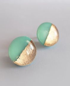 darling green and gold stud earrings