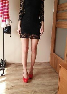 Kup mój przedmiot na #vintedpl http://www.vinted.pl/damska-odziez/krotkie-sukienki/13543937-koronkowa-mini-sukienka-36