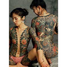 Artist: Tokyo Horitoshi I Japanese Girl Tattoo, Japanese Tattoo Designs, Tebori Tattoo, Irezumi Tattoos, Time Tattoos, Body Tattoos, Female Tattoos, Sexy Tattoos For Girls, Tattoos For Women