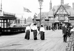 Photo of St Anne's, From The Pier 1906 from Francis Frith Great British, British Style, Antique Photos, Old Photos, Edwardian Era, Victorian, Blackpool England, Belle Epoch, British Seaside