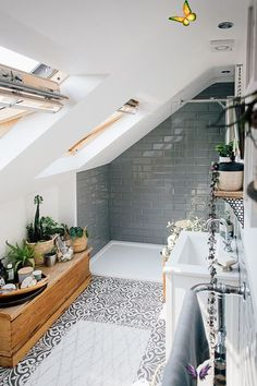17+ Wondrous Natural Home Decor Small Spaces Ideas  <br> Bad Inspiration, Bathroom Inspiration, Home Decor Inspiration, Decor Ideas, Bathroom Ideas, Bathroom Small, Decorating Ideas, Master Bathroom, Upstairs Bathrooms