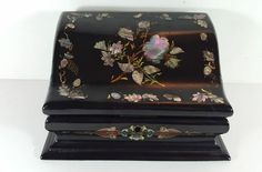 ANTIQUE VICTORIAN LACQUER PAPIER MACHE WRITING STATIONERY BOX - MOTHER OF PEARL