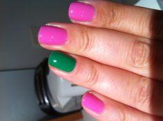 "Monday & Tuesday I was feeling green :) Essie Splash of Grenadine (pink) and Essie ""Pretty Edgy"" (green) Sorority Nails, Aka Sorority, Pretty Girl Rock, Pretty Girls, Monday Tuesday, Green Nails, Kappa, Essie, Pink And Green"