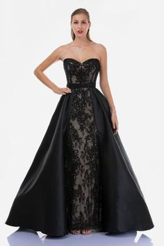 Beautiful Long Dresses, Fabulous Dresses, Pretty Dresses, Black Masquerade Dress, Masquerade Ball Gowns, Black Wedding Gowns, Princess Wedding Dresses, Black Ball Gowns, Reign