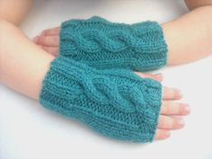 Childrens wrist warmers Age 5 to 8 years mittens fingerless gloves teal green