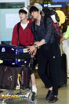 [PIC] 160602 My Kiss Site Update - #아스트로 Eunwoo with Kim Young Kwang