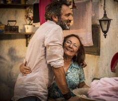 """Mãe de Domingos Montagner na novela """"Velho Chico"""", da TV Globo, Zezita Barroso lamentou a morte do p... - TV Globo"""