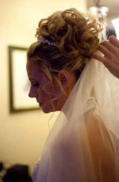 Beautiful Brides Hair Artistry by Lauren Sunshine Coast Bc, Elope Wedding, Bride Hairstyles, Resort Spa, Beautiful Bride, Dreadlocks, Elopements, Hair Styles, Brides