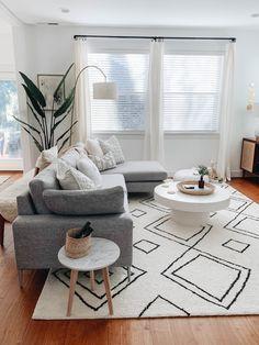 Living Room Carpet, Home Living Room, Apartment Living, Living Room Furniture, Living Room Designs, Living Room Decor, Rustic Furniture, Modern Furniture, Antique Furniture
