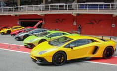 2016 Lamborghini Aventador LP750-4 SV - Photo Gallery of First Drive Review from Car and Driver - Car Images - Car and Driver