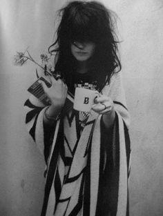 alison-mosshart  #gasbijoux #bijoux #mode #paris #marseille #sainttropez #milan #newyork 1