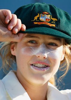 Ellyse Perry sports her Baggy Green and Zinc cream!