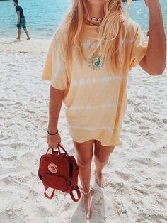 Pin od madilyn rose na inspiration ✧ w 2019 summer outfits, cute outfits i Girls Summer Outfits, Summer Girls, Trendy Outfits, Girl Outfits, Fashion Outfits, Hippie Outfits, Oversized Tshirt Outfit, Looks Style, My Style