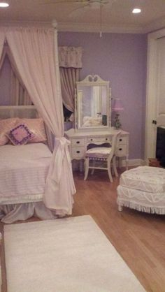 Princess bedroom (from Vintage Chic Furniture)