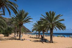 PLAYA LAS TERESITAS  'Het mooiste strand van Tenerife', wordt wel eens gezegd, en je hebt overschot van gelijk als je een zandstrand bedoelt. Het is niet alleen het mooiste, maar ook het grootste en meest gekende strand van Tenerife. Gelegen in San Andrés, ten