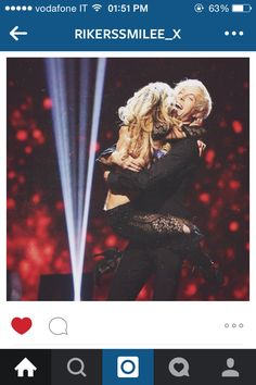 How many of you poved #TeamRallison? I did! And I do it even now! I ship them so much even if I know Allison is married and Riker has a girlfriend, but they're sooooo cute together! Just look at the pic⚓️✨ #AllisonHolker #RikerLynch