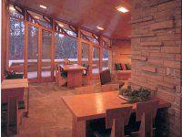 Frank Lloyd Wright cottage