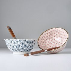 Bowl set Asanoha Design Red and Blue 2 pcs - Made In Japan Europe Ceramic Materials, Chopsticks, Bowl Set, Red And Blue, Decorative Bowls, Europe, Japan, Ceramics, Tableware