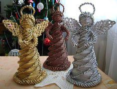 pl to idealne miejsce na Twoje zdjęcia i realizowanie pasji fotografią. Paper Basket Weaving, Willow Weaving, Weaving Art, Diy Crafts For Adults, Diy And Crafts, Christmas Crafts, Christmas Decorations, Christmas Ornaments, Corn Dolly