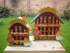Resultado de imagen para porta bijouterie de madera Easy Wood Projects, Projects To Try, Diy Painting, Painting On Wood, Chicken Hut, Country Art, Wooden Signs, Ideas Para, Diy And Crafts