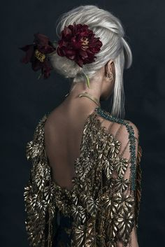 Sitters unknown (Shine By Three) Mode Inspiration, Character Inspiration, Looks Cool, Costume Design, Ideias Fashion, Dress Up, Gowns, Portrait, My Style