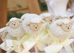 sheep cake pops - so cute for a baby shower Shower Party, Baby Shower Parties, Baby Shower Themes, Baby Boy Shower, Cakepops, Cupcakes Baby Shower Niño, Lamb Cupcakes, Sheep Cupcakes, Sheep Cake