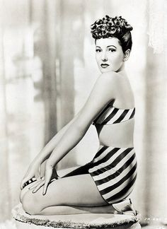Hollywood actress Jean Arthur wearing a Black & White sleek stripe bikini. Old Hollywood Stars, Old Hollywood Glamour, Hollywood Actor, Golden Age Of Hollywood, Vintage Glamour, Vintage Hollywood, Hollywood Actresses, Classic Hollywood, Actors & Actresses