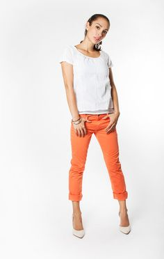 Orange trend and inspiration on the blog. Top from Odd Molly, pants from Lexington and shoes from by Malene Birger. Odd Molly, Malene Birger, Capri Pants, Orange, Blog, Inspiration, Shoes, Fashion, Biblical Inspiration