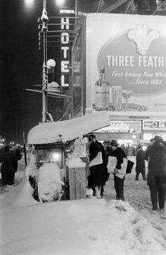 Photograph by Al Fenn. New York City, December 1947.