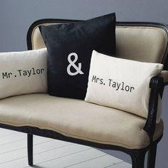 cadeau mariage original: coussins décoratifs personnalisés