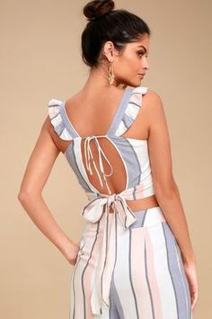 Seaside breezes and sunshine are the only better than the Jen White Multi Striped Backless Tie-Back Crop Top! Breezy blue and blush pink striped woven fabric shapes a flirty V-neckline, ruffled straps, and a sexy open back with two sets of ties. Striped Midi Dress, Striped Crop Top, The Road, Cream Leggings, Lace Leggings, Culotte Pants, Crochet Crop Top, Dress Tutorials, Long Sleeve Crop Top