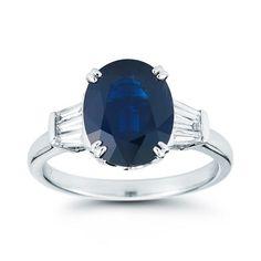 Oval Blue Sapphire & Diamond Ring 18kt White Gold