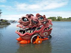 For the Glory!! 2006 Kinetic Sculpture Race day 2 by 84rms, via Flickr
