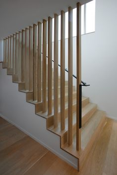 Project: Courtyard House on a River Architect: Robert Hutchison Architect www.r Stairs Ideas architect courtyard House Hutchison project River Robert wwwr House Staircase, Staircase Railings, Stair Handrail, Staircase Makeover, Wooden Staircases, Banisters, Stair Railing Design, Home Stairs Design, Interior Stairs