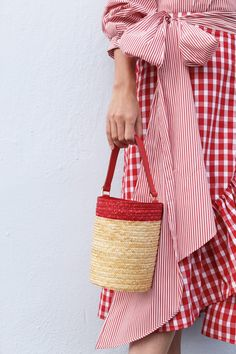 Atlantic - Pacific // Blair Eadie in Bermuda, red stripes, plaid, basket bag Spring Summer Fashion, Spring Outfits, Spring Style, Winter Outfits, Stylish Outfits, Fashion Outfits, Preppy Fashion, Preppy Outfits, Fashion Fashion