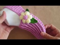 Crochet Tutorial – Beautiful Slippers with a Flower - Design Peak