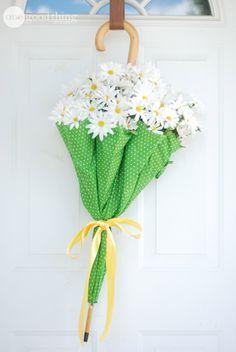Easy DIY Umbrella Wreath - polka dot umbrella with daisies & ribbon