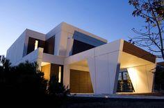 El gran arquitecto Joaquín Torres. Más información sobre este y otro tipo de casas prefabricadas en: casasprefabricadasya.com #casas #prefabricadas #baratas #madera #diseño
