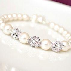 Braut Armband Perlen Braut Armband von somethingjeweled auf Etsy, $46.00