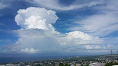 "Photo de @ActusMeteo974 : ""Congestus en développement au N-E de #LaRéunion, cet après-midi. (Photo : J. M. Hoarau / AM974) #HeyMeteoFrance"" (04/03/2016)"