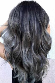 If you are naturally going gray, you can now embrace and enhance your hair color. There are a lot of trendy grey hair looks. From silvery gray to ombre gray, there is no limit to the number of styles for grey hair.