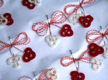 Martisor traditional - Hand Made Needle Tatting Patterns, Embroidery Motifs, Celebration Quotes, All Craft, Christmas Cross, Alter, Fiber Art, Diy And Crafts, Crochet Earrings