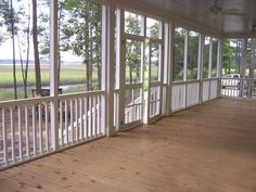 Screened-in porch.  Divine southern living.