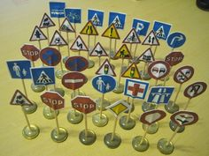 Best Toys for Toddlers: Homemade Toys for Toddlers - Mini Traffic Signs