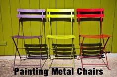 How to Paint Metal Chairs There are so many great up-cycling and refurbishing ideas to recycle your old household items and make them brand new. I have a few metal chairs that I am painting to bring them back to life. Here is how it is done.  What You …