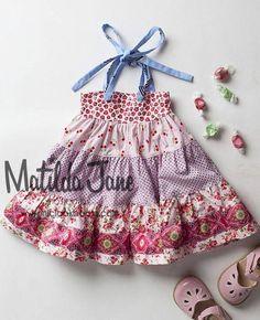 http://www.mjclookbooks.com/test/wp-content/uploads/2015/03/LOVELINESS-smart-ellie-dress-RV-64-12-Platinum.jpg
